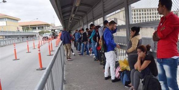 México concederá permisos de residencia a Cubanos